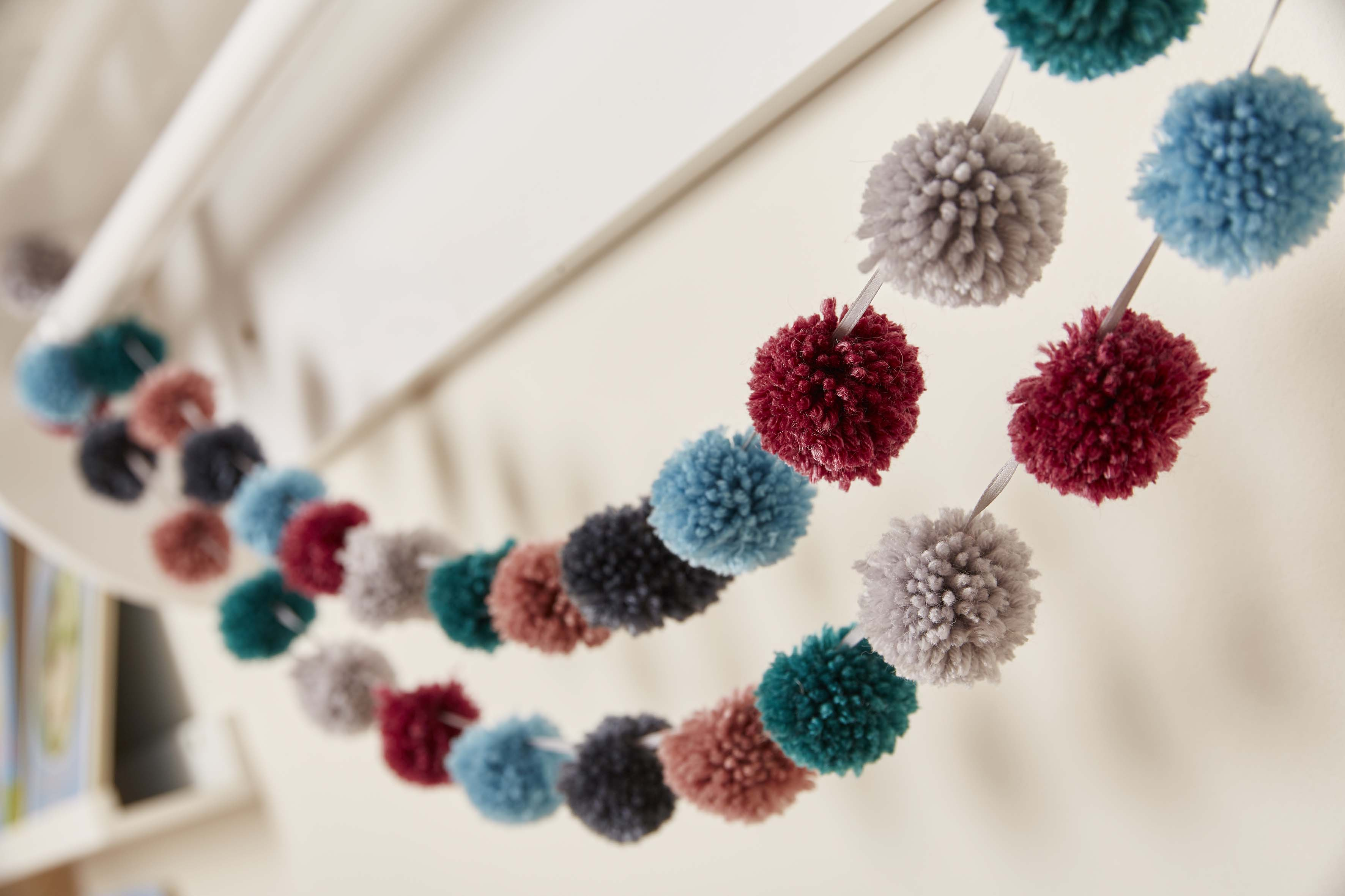 Knitted Nursery Collection Pom Pom Bunting