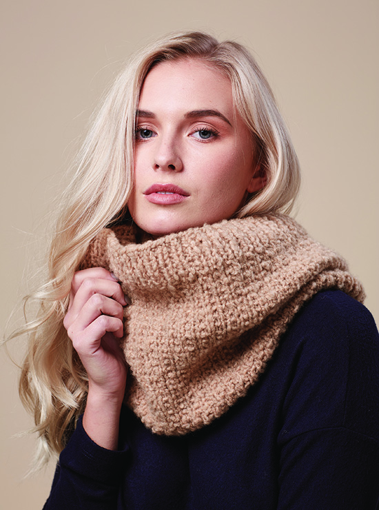 Textured Snood knitted with Rowan Cosy Merino